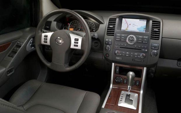 2010 Nissan Pathfinder Interior