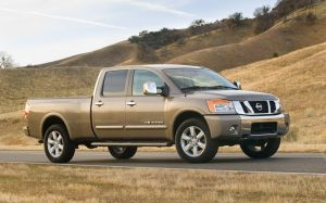 Nissan Titan 2010 Side View