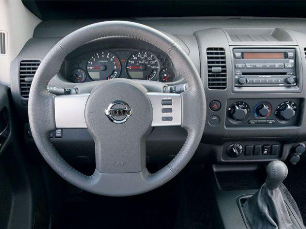 2010 Nissan Frontier Interior