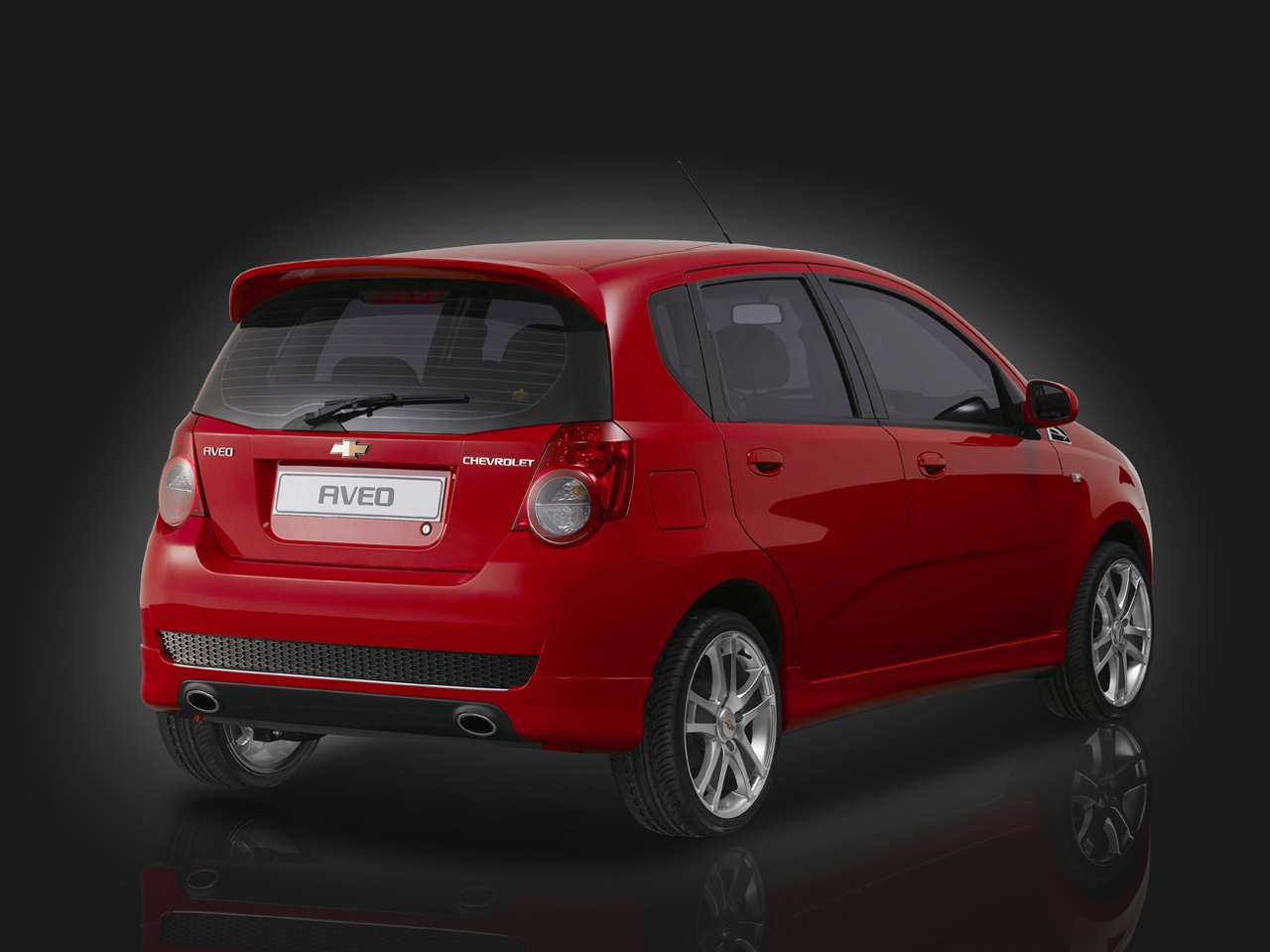 Chevrolet General Motors Gm Aveo U Va India Quarter View