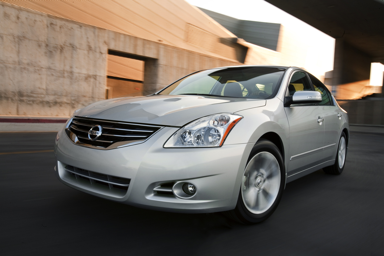 2010 Nissan Altima 2.5 S Coupe >> 2010 Nissan Altima Review | The Maguire Auto Blog
