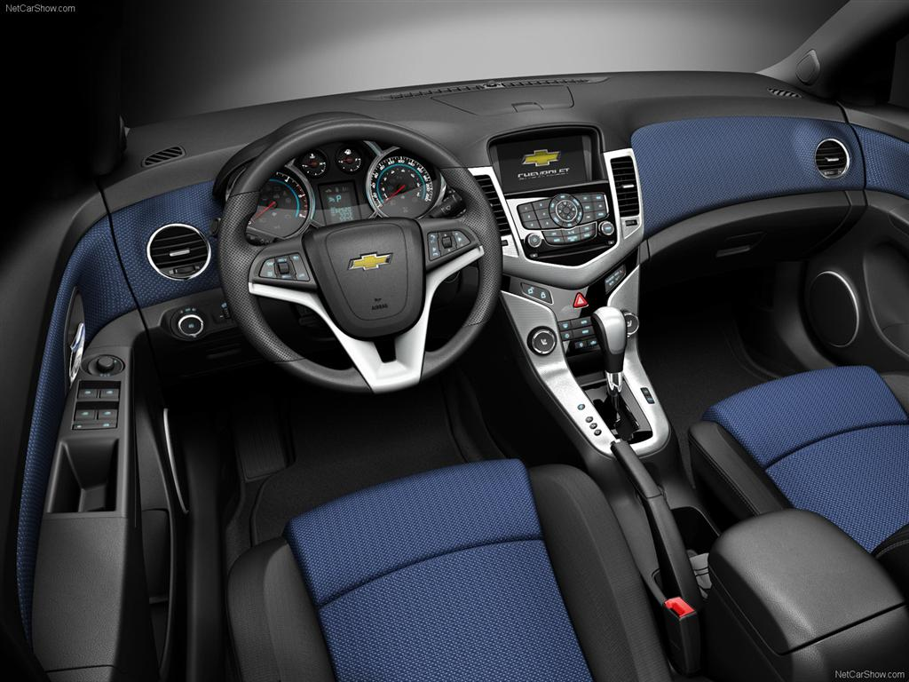 Cruze 2010 chevrolet cruze mpg : The Chevrolet Cruze is Named Urban Car of the Year | The Maguire ...