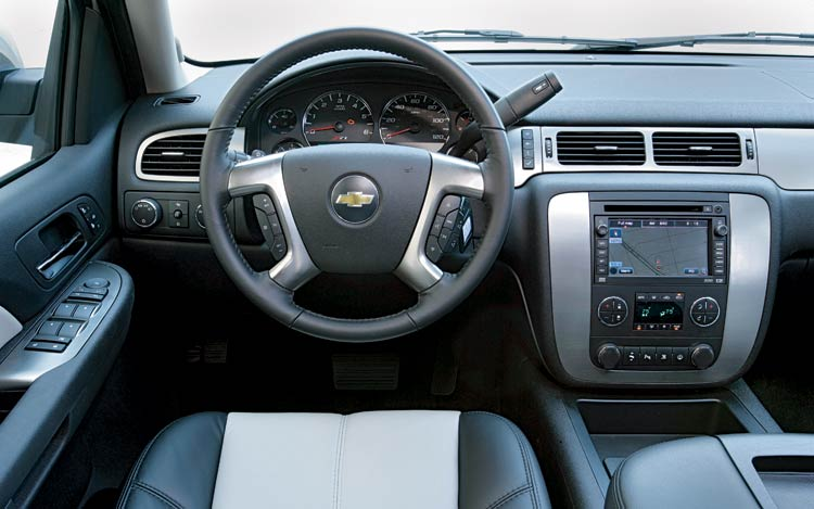 2008 Chevy Avalanche Interior