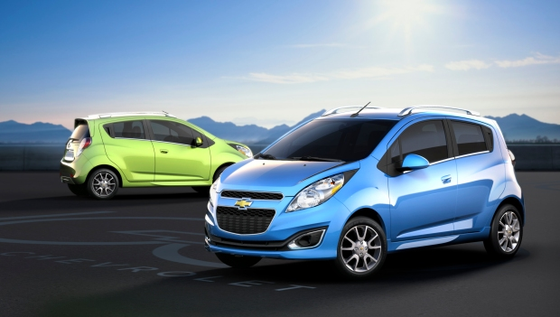 2013 Spark at Bob Maguire Chevy Packs Technology & Features into Small Price